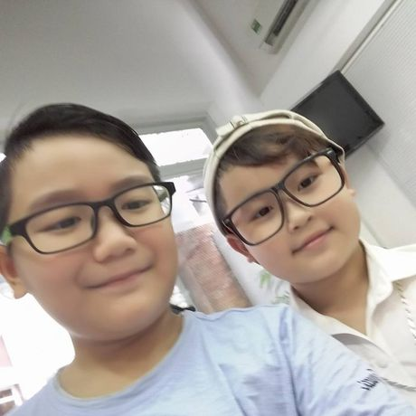 Team 'hot boy - hot girl' quy tu, rang ro chup anh selfie truoc them Live Concert cua Noo Phuoc Thinh - Anh 5