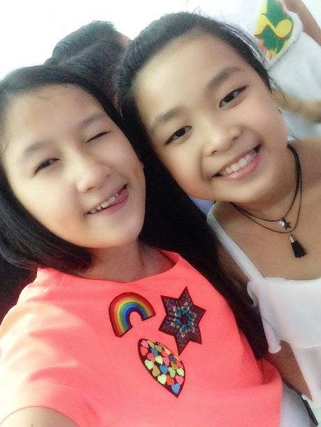 Team 'hot boy - hot girl' quy tu, rang ro chup anh selfie truoc them Live Concert cua Noo Phuoc Thinh - Anh 8