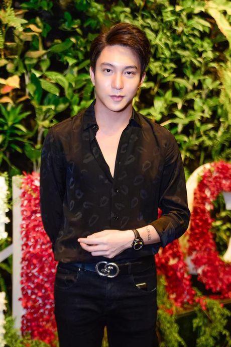 Ho Ngoc Ha, Hoang Ku chinh la fan 'ruot' cua xu huong nay day! - Anh 8