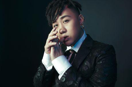 Chan lam 'Thanh mua', Trung Quan 'lot xac' ngoan muc trong single tro lai - Anh 4