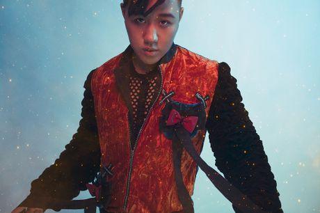 Chan lam 'Thanh mua', Trung Quan 'lot xac' ngoan muc trong single tro lai - Anh 8