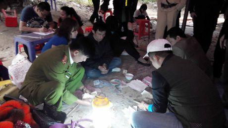 Xet xu 4 doi tuong to chuc va 106 bi cao trong vu danh bac 'khung' tai Quang Ninh - Anh 2