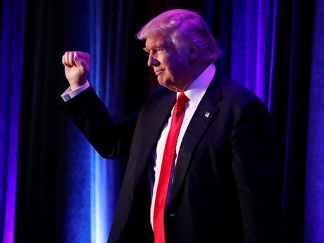 Thang cu tong thong My xong, ong Donald Trump con phai hau toa - Anh 1
