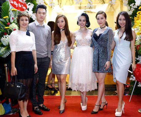 'Nu hoang wushu' Thuy Hien 'dinh chat' trai tre Ngoc Khanh - Anh 2