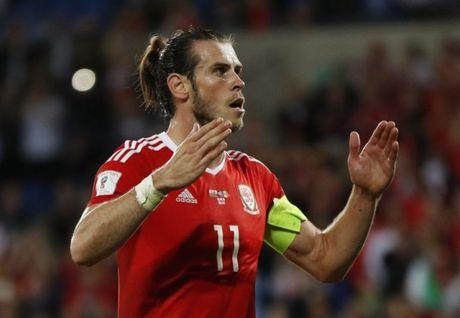 Bale lan thu tu lien tiep am danh hieu - Anh 1