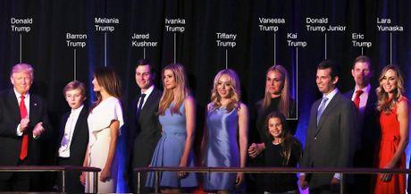 Dan trai xinh gai dep nha Trump voi 5 con, 8 chau - Anh 1