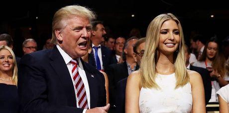Dan trai xinh gai dep nha Trump voi 5 con, 8 chau - Anh 6