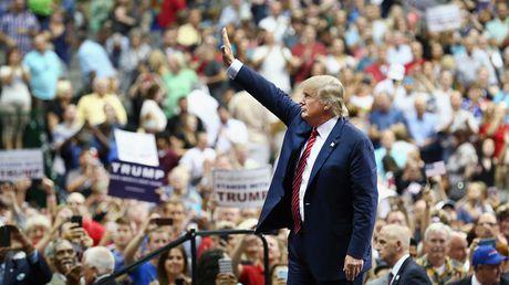 Truyen hinh My da gop cong vao chien thang cua Donald Trump - Anh 1