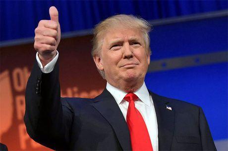 Donald Trump mo tiec mung, dan tai phiet lo so dieu khung khiep - Anh 2