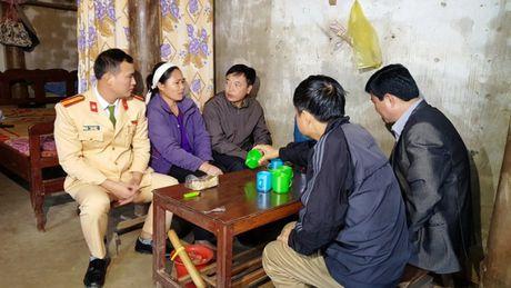 Thanh Hoa: Tham hoi cac nan nhan khong may bi TNGT - Anh 1