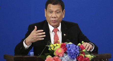 Donald Trump len Tong thong, Philippines dot ngot muon cai thien moi quan he My - Phillipinnes - Anh 1