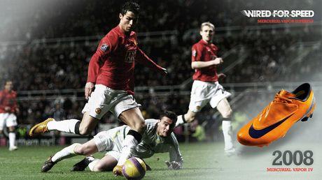 Chum anh: 15 doi giay may man nhat cua Cristiano Ronaldo - Anh 12