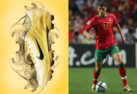 Chum anh: 15 doi giay may man nhat cua Cristiano Ronaldo - Anh 14
