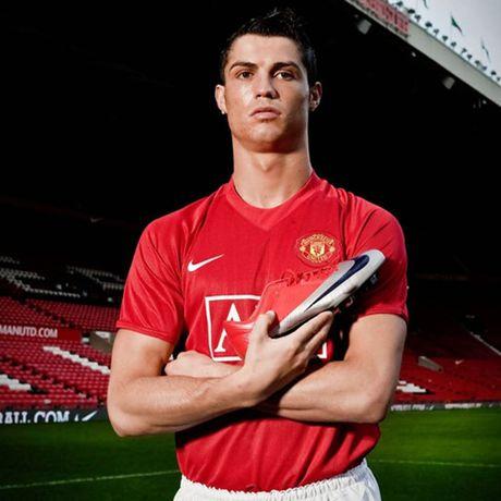 Chum anh: 15 doi giay may man nhat cua Cristiano Ronaldo - Anh 9