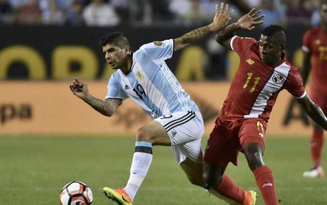 Doi hinh 'sieu manh' ket hop giua Brazil voi Argentina - Anh 7