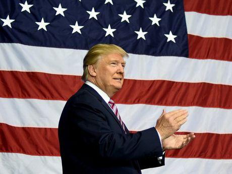 Ong Trump khong giai quyet van de Bien Dong o nhiem ky dau? - Anh 1