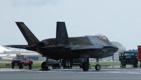 Cach giai thich la cua My ve nan F-35 tu thieu - Anh 1