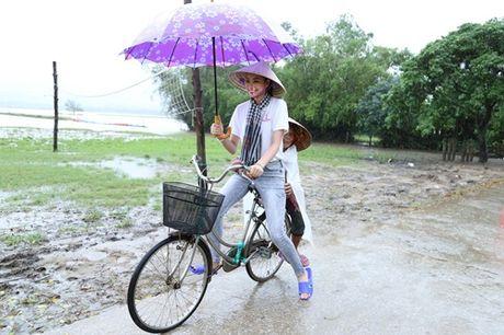 Loat anh nay khien anti-fans phai yeu men Pham Huong - Anh 4
