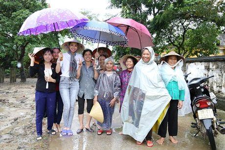 Loat anh nay khien anti-fans phai yeu men Pham Huong - Anh 7