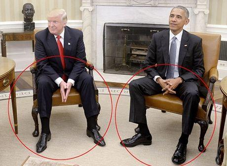 Tu the de tay cua ong Donald Trump khi gap Obama noi len dieu gi? - Anh 1