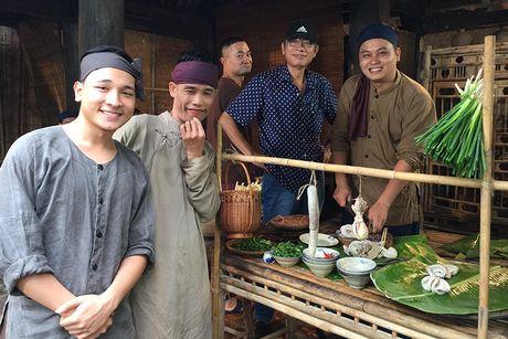 Doan phim 'Chon nhoi 4' miet mai ghi hinh du mua lanh - Anh 11
