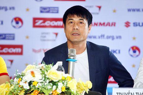 HLV Huu Thang: 'Tuyen Viet Nam can may man' - Anh 1