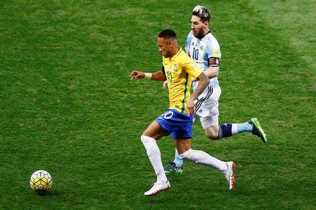 Messi tat tieng, Argentina dai bai o Brazil - Anh 2