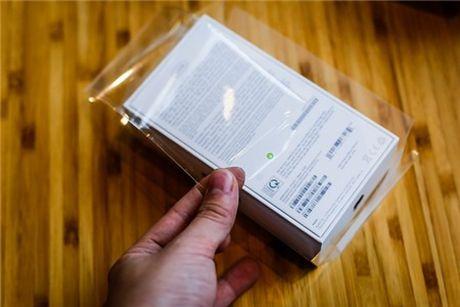 Mo hop bo doi iPhone 7 chinh hang - Anh 3