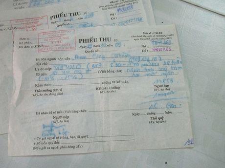 TP HCM: Rac roi vu kien doi 11 trieu hoc phi khoa Anh van 'de danh' - Anh 2