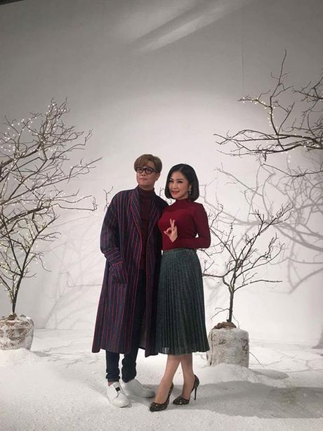 Sao Viet 11/11: Elly Tran khoc gian giua, Ky Han 'kien cuong' giau bung bau - Anh 1