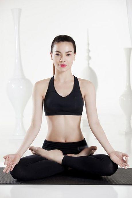 Khoe dep nhu Ho Ngoc Ha nho Yoga - Anh 3