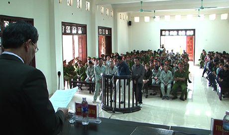 Gan 100 bi cao trong soi bac khung o Quang Ninh linh an - Anh 1