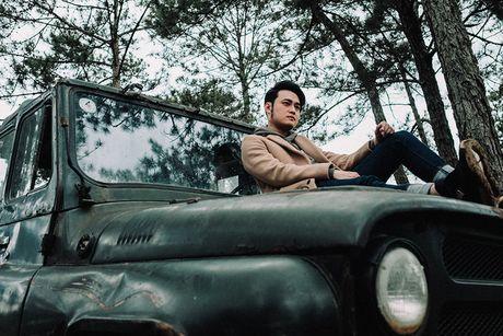'Hoang tu son ca' Quang Vinh tai xuat voi MV moi - Anh 2