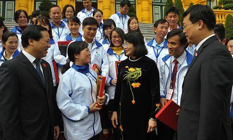 Xuc dong nghe loi chia se cua 42 giao vien bam dao gieo chu - Anh 1