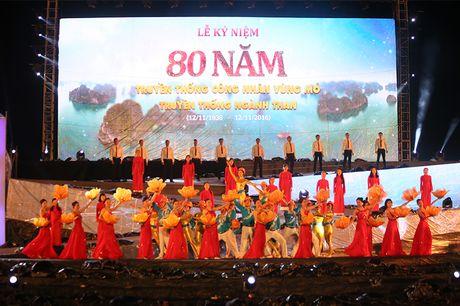 Tung bung Le ky niem 80 nam truyen thong nganh than - Anh 1
