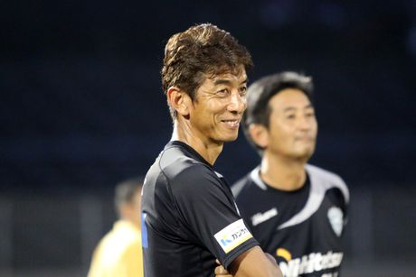 Cong Vinh, Cong Phuong, Tuan Anh duoc HLV doi Avispa Fukuoka danh gia cao - Anh 3