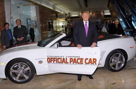 Nhung chiec xe hop yeu thich cua tan Tong thong Donald Trump - Anh 3