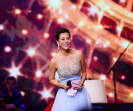 MC Nguyen Cao Ky Duyen ngo y lam 'vo be' Nguyen Ngoc Ngan - Anh 1