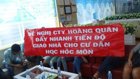 Cong ty Dia oc Hoang Quan cham giao nha cho nguoi mua - Anh 1