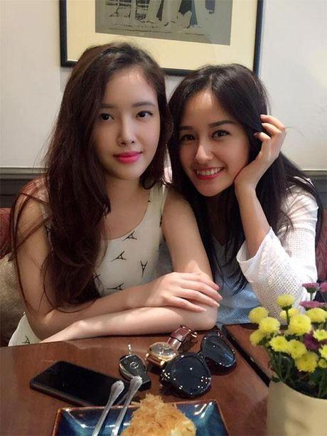 Khong chiu thua chi, em gai Mai Phuong Thuy nay cung lot xac ngoan muc roi - Anh 12