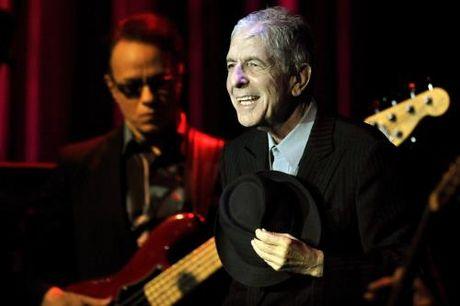 Danh ca huyen thoai Leonard Cohen qua doi - Anh 7