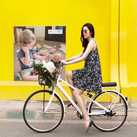 Street style voi xe dap xua roi nhung Huong thich thi Huong chup thoi! - Anh 8