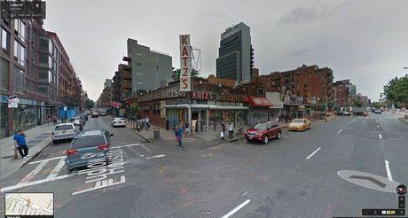 'Xem phim' qua Google Street View, co the hay khong? - Anh 35