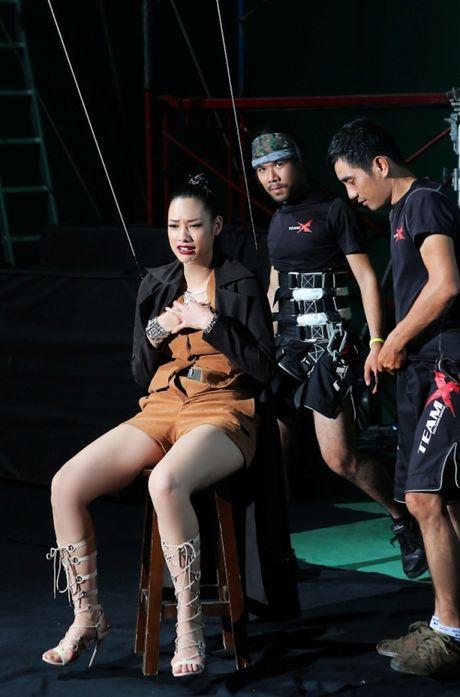 Cuoc hoi ngo bat ngo cua Lilly Nguyen, Phi Phuong Anh va Mai Ngo - Anh 3