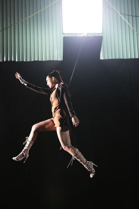 Cuoc hoi ngo bat ngo cua Lilly Nguyen, Phi Phuong Anh va Mai Ngo - Anh 5