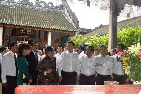 Chu tich Quoc hoi Trung Quoc tham pho co Hoi An - Anh 3