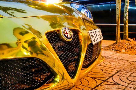 Alfa Romeo 4C Sai Gon ma vang phong cach dan choi Dubai - Anh 6