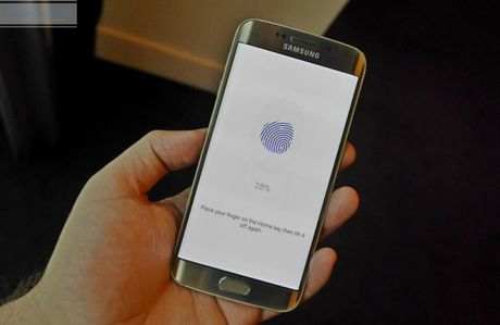 iPhone 7 Plus phat no sau khi roi xuong dat; Tao tai nhan tao tren… canh tay - Anh 5