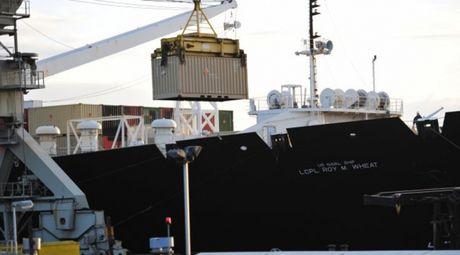 My chuyen 620 container dan den chau Au, ran de Nga? - Anh 1