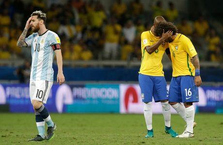 [Anh]: Messi bat luc trong tham bai cua Argentina - Anh 12